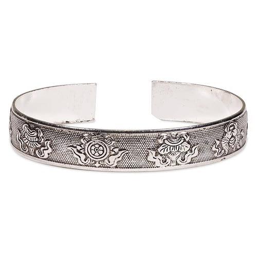 Bracelet en argent Miao 8 signes auspicieux