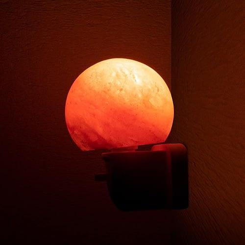 Salzkristall-Nachtlicht Kugel
