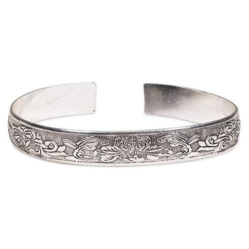 Bracelet tribal en argent Miao avec lotus