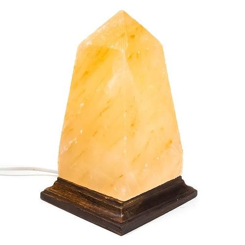Lampe en cristal de sel obélisque